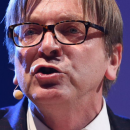 Guy Verhofstadt mogelijk nieuwe voorzitter EC belemmert onderzoek kinderporno