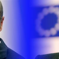 Presidenti i ri Donald Tusk, nënpresidenti Frans Timmermans dhe fatkeqësitë e tyre ajrore