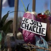 """Anketa: Napad u operaciji """"lažna zastava"""" u Parizu da bi se uspostavili muslimani i domaći ljudi jedni protiv drugih"""