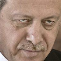 Ердоган прети да поново отвори избегличку капију у Европу