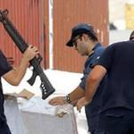 Griekse douane vindt 14 containers wapens, bestemming vluchtelingenkampen