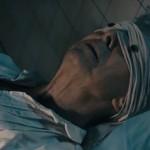 Bazuingeschal in de lucht wereldwijd en het verband met Lazarus song David Bowie