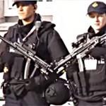 Goed dat er politie is en wel zo veilig als ze mitrailleurs dragen