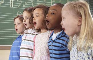 applaudiserende-moslim-kinderen