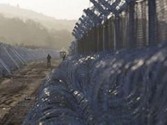 Europa bouwt een groot hekwerk om Griekenland: het nieuwe concentratiekamp?