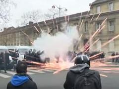 Waarom berichten de media niet van de Franse opstand?