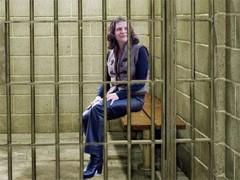 """Општински државни службеници помагали подносиоцу захтева у """"збуњеној особи"""" и оптуженом за жртве Едитх Сцхипперс"""