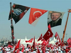 Magsasara ba ang Erdogan ng isang kasunduan sa non-agresyon ng Molotov-Ribbentrop Pact sa Putin?