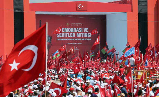 turkije-miljoenen-ter-ere-van-erdogan-na-coup