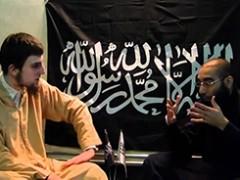 Geenstijl ангажира мюсюлманския актьор Денис Абделкарим Хонинг