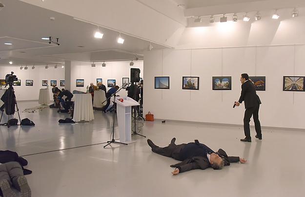 http://www.beyondthematrix.nl/wp-content/uploads/2016/12/russische-ambassadeur-turkije.jpg