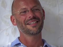 Earth Matters Arjan Bos in de bijstand in een organisatie met een interim directeur?