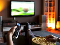 Waarom televisie, films & series kijken, radio luisteren, bladen, boeken en kranten lezen levensgevaarlijk is