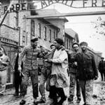 Egyptische presentator ontkent de holocaust en zegt dat er geen enkel bewijs is voor de vergassing van 6 miljoen joden