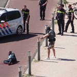 Atake Liberation Day Ang Hague, stabbing 'malito tao' ang umptiest pekeng pag-atake: pekeng alarma balita!